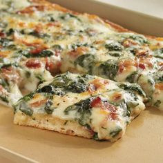 """Spinach Carbonara Pizza - The Pampered Chef® For more, join my Facebook group """"In the Kitchen with Maggie"""" or visit www.pamperedchef.biz/magspage"""
