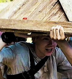 """I don't think she likes us very much""-Newt The Maze Runner LOVED this Scene!!!! (Thomas Brodie Sangster)"