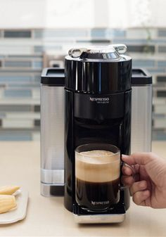 Whether you like bold brews or subtle floral notes to start your day, the Piano Black Evoluo Machine from Nespresso is here to help you create a variety of espresso recipes! Espresso Coffee Machine, Coffee Maker, Espresso Recipes, Perfect Cup, Recipe Of The Day, Hot Chocolate, Brewing, Piano