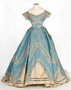 Evening dress ca. 1860's From theCentre de Documentació i Museu Tèxtil de Terrassa