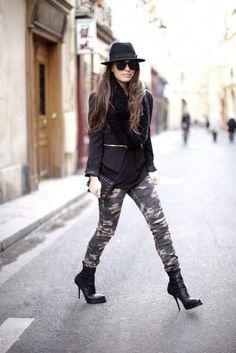 Cómo combinar estampado de camuflaje Colored Pants Outfits, Camo Pants Outfit, Camo Outfits, Camo Skinny Pants, Brown Skinny Jeans, Camo Fashion, Military Fashion, Military Style, Camouflage Jeans