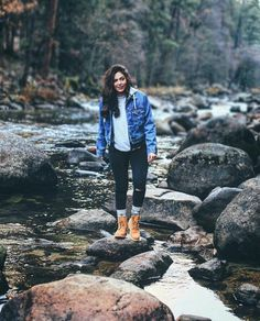 ❤ bethany mota ❤ outfit timberland, fall hiking outfit, mountain hiking out Outfit Timberland, Timberlands, Style Outfits, Fashion Outfits, Womens Fashion, Fashion Boots, Trendy Fashion, Fashion Ideas, Mode Plein Air