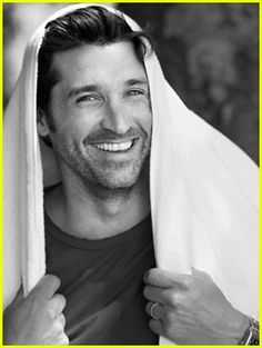 Google Image Result for http://tv.popcrunch.com/wp-content/uploads/2007/10/patrick-dempsey-shirtless-05.jpg  McDreeeeeeeeamy!!!