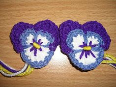 Ravelry: Project Gallery for Pansy pattern by Carola Wijma