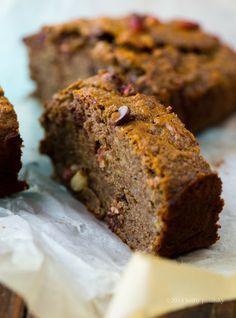 Triple banana dark chocolate peanut buckwheat banana bread. Sweet, nutty and #vegan