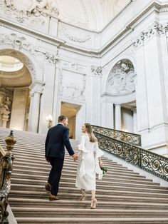 Modern + elegant San Francisco City Hall wedding: Photography : Taralynn Lawton Read More on SMP: http://www.stylemepretty.com/2016/08/02/stylish-san-francisco-city-hall-wedding/