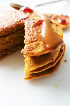 Oatmeal Pancakes {Healthy, But Addictive} - Her Highness, Hungry Me Breakfast For Kids, Healthy Breakfast Recipes, Snack Recipes, Gf Recipes, Healthy Foods, Healthy Recipes, Oatmeal Pancakes Easy, Oatmeal Cupcakes, Banana Pancakes