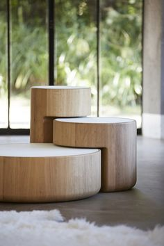 Love these nesting side tables