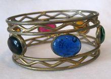 Hattie Carnegie Poured Glass Bangle Bracelet