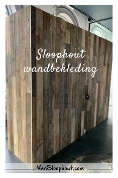Sloophout / Wandbekleding / Inspiratie  Ook een muurtje waar je geen raad mee weet!? Laat het betimmeren met sloophout. Zo krijg je een unieke eye-catcher.  #barnwood #eikenhout #oak #sloophout #reclaimedwood #oldwood #woodworking #meubelen #meubels #maatwerk #custommade #interieur #interior #interieurinspiratie #wonen #zelfklussen #doityourself #groothandel #rucphen #houthandel #home #living #industrieel #industrieelwonen Man Cave, Home Decor, Decoration Home, Room Decor, Home Interior Design, Man Caves, Home Decoration, Interior Design