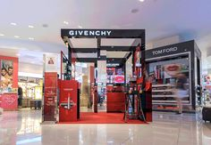 Givenchy Launches Make-up Pop-Up at LAX in first collaboration with design firm Bloommiami.