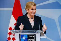 Grabar-Kitarović: Hrvatska snažno za Crnu Goru u NATO-u | http://www.dnevnihaber.com/2015/06/grabar-kitarovic-hrvatska-snazno-za-crnu-goru-u-nato.html