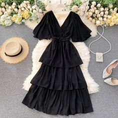 Indian Fashion Dresses, Girls Fashion Clothes, Teen Fashion Outfits, Look Fashion, Girl Fashion, Cute Casual Outfits, Pretty Outfits, Pretty Dresses, Stylish Outfits