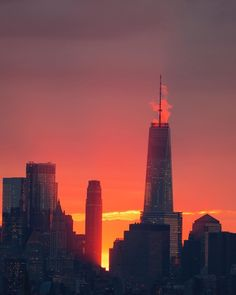 New York's Red Sunset by Jacob Dahlin  New York City Feelings  The Best Photos and Videos of New York City including the Statue of Liberty, Brooklyn Bridge, Central Park, Empire State Building, Chrysler Building and other popular New York places and attractions
