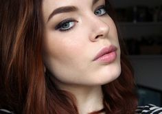 Makeup look + mini review of Cailyn Cosmetics Gel Eyeshadow Pencil and Eyebrow Duo (via Bloglovin.com )
