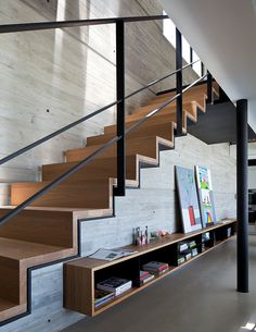 vãos-embaixo-da-escada-decor-under-stairs