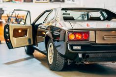 Looking for the Ferrari 208 of your dreams? There are currently 10 Ferrari 208 cars as well as thousands of other iconic classic and collectors cars for sale on Classic Driver. Rally Drivers, 488 Gtb, Collector Cars For Sale, Ferrari, Automobile, Vehicles, Classic, Things To Sell, Street