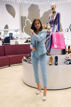 MEXICO CITY, MEXICO - MARCH Hungarian model Barbara Palvin poses for photos during a Store Tour as part of the Spring/ Summer Liverpool Fashion Fest 2019 on March 2019 in Mexico City, Mexico. (Photo by Carlos Tischler/Getty Images) Barbara Palvin, Poses For Photos, Parisian Chic, Fashion Fabric, Minimal Fashion, Mannequins, Mexico City, Passion For Fashion, Liverpool