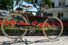 gran turismo Bike Brands, New City, Retro, Projects, Black, Log Projects, Blue Prints, Black People, Retro Illustration