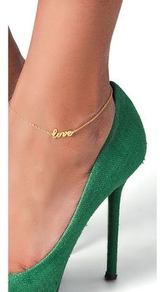 gold 'love' anklet...I want this   #cute