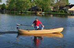 V-lock trolling motor mount on a KC Kayak Motorized Kayak, Kayak Lights, Trolling Motor Mount, Kayak Storage Rack, Kayaking, Cool Stuff, Ideas, Kayaks, Thoughts