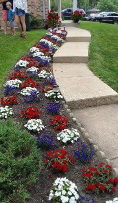 Rue de Emily: Celebrating the Garden Yard Ideas, Lawn And Garden, Garden Projects, Outdoor Landscaping, Front Yard Landscaping, Outdoor Gardens, Amazing Gardens, Beautiful Gardens, Landscape Design