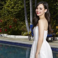 #sofiacarson #sofia #carson  #dress #pool #nature #hairstyle   #cute #beautiful #young #life  #life #love #carsonator #world  #poolside #girl #smile #disney