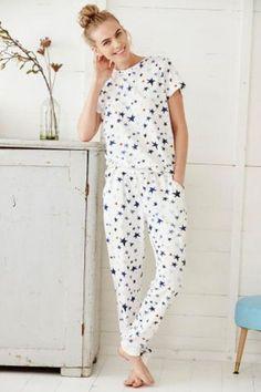 Comfy and stylish women's nightwear & sleepwear - pyjamas, robes & nighties. Cute Pjs, Cute Pajamas, Satin Pyjama Set, Pajama Set, Pajamas For Teens, Pijamas Women, Night Suit, Womens Pyjama Sets, Cozy Outfits