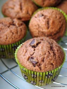 Nuss-Nougat-Muffins mit extradicken Schokostückchen - superschnell gemacht, superschokoladig, superlecker.