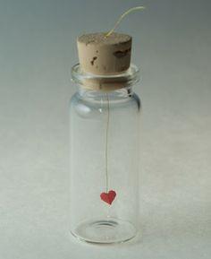 Botella con corazon manualidades faciles