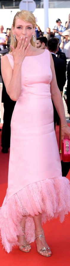 Uma Thurman in Prada Cannes Film Festival 2017 @michaelOXOXO @JonXOXOXO @emmaruthXOXO @emmammerrick  #SMASHING3RDANNUALSMASHINGDAILYBESTDRESSEDFEMALELIST2016