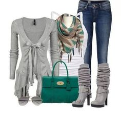 Grey sweater with boots