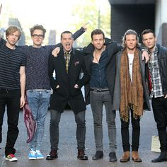 McBusted ~ James Bourne, Tom Fletcher, Matt Willis, Danny Jones, Dougie Poynter and Harry Judd James Bourne, Matt Willis, Tom Fletcher, Dougie Poynter, Pop Punk, Interesting Faces, Celebs, Celebrities, Attractive Men
