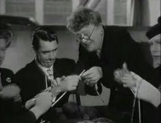 Cary Grant tricontado... Filme: Aventureiro de sorte - 1943.