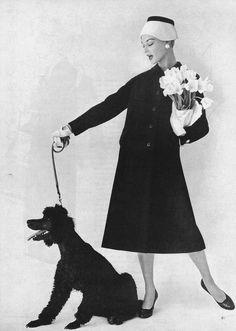 Jean Patchett, photo by Karen Radkai, Vogue February 1956 Vintage Vogue, Vintage Glamour, Vintage Fashion 1950s, Moda Vintage, Vintage Couture, Vintage Beauty, Retro Fashion, Vintage Models, Vintage Hats