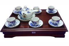 Cửa hàng bán ấm chén Bát tràng chất lượng uy tín ,giá tốt nhất http://langgombattrang.vn/tag/cua-hang-ban-am-chen-bat-trang/ Ấm chén trà Bát Tràng là một sản phẩm được giới yêu trà ưa chuộng , là một sản phẩm được sản xuất bởi những người thợ tài hoa , lành nghề của làng nghề Bát Tràng . tuy nhiên hiện nay gốm sứ Bát Tràng cũng có nhiều đơn vị giả làm thương hiệu của làng nghề gốm sứ nổi tiếng này , nhằm đưa những sản phẩm ấm chén trà kém chất lượng và in logo Bát Tràng vào làm những khách…