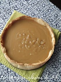 Creamy pie with maple syrup (Tarte Cremeuse au sirop d'erable) Ingredients 1 pie crust - cooked 1 cup of cream cup of maple syrup cup of soft brown sugar 2 Tbs cornstarch 4 C cool water 1 C butter Pie Recipes, Dessert Recipes, Cooking Recipes, Recipies, Maple Syrup Recipes, Desserts With Biscuits, Tummy Yummy, Bon Dessert, Sugar Pie