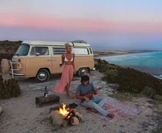 + Flinders Ranges, Yorke Peninsula & Eyre Peninsu – Down The Rabbit Hole Wines Mini Van, Hippie Couple, Aesthetic Couple, Gap Year, Roadtrip, Travel Aesthetic, Travel Couple, Van Life, Dream Life