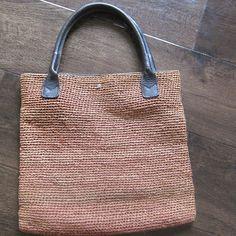 Helen Kaminski raffia bag wih leather handles  lovedecorateletters