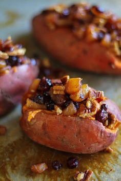 Stuffed Sweet Potatoes with yogurt, caramelized pears, pecans, and dried cranberries Cranberry Recipes, Fall Recipes, Holiday Recipes, Pecan Recipes, Sweet Potato Recipes, Veggie Recipes, Cooking Recipes, Pear Recipes Healthy, Fruit Recipes