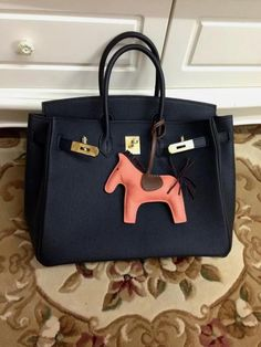 hermes birkin togo leather, available from Hermaz, no waiting.  Serious buyer feel free to contact for more details Whatsapp: +852 5161 9028 Instagram: hermazltd #hermes#ヘルメス#헤르메스#Гермес#гермескелли#гермескелливналичии#гермесбиркин#Hermès#hermesbirkin#birkin30#birkin35#birkintogo#هرميز