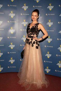 Olimpia Melinte wearing Rhea Costa dress!