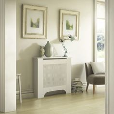 Mayfair Mini White Painted Radiator cover - B&Q for all your home and garden supplies and advice on all the latest DIY trends Best Radiators, Column Radiators, Duck Egg Blue Bedroom, White Radiator Covers, Painted Radiator, Traditional Radiators, Designer Radiator, Diy Kitchen Cabinets, Cover