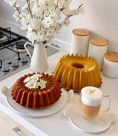 Cute Breakfast Ideas, Breakfast Tea, Breakfast Buffet, Perfect Breakfast, Coffee Presentation, Cupcake Collection, Food Displays, Food Decoration, Food Platters