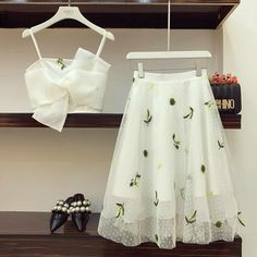 Mezuniyet , For More Fashion Visit Our Website cute summer outfits, cute summer outfits outfit ideas,casual outfits Mezuniy. , Source by outfits indian Indian Designer Outfits, Designer Dresses, Ulzzang Fashion, Korean Fashion, Indian Dresses, Indian Outfits, Indian Clothes, Cute Dresses, Casual Dresses