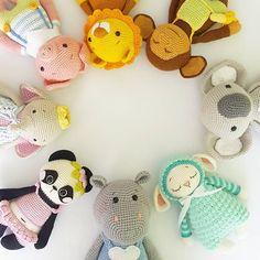 """1,258 kedvelés, 24 hozzászólás – AMALOU.Designs (@amalou.designs) Instagram-hozzászólása: """"Wir wünschen allen Müttern einen schönen ersten Muttertag! 💗 Happy mother's day!!! Amalou family…"""""""