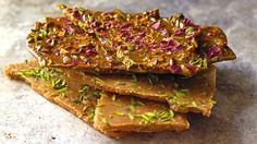 Cardamom-pistachio butter fudge from Qom (sohan-e Qom) #Persian #sweet