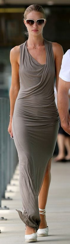 rosie huntington-whiteley.....stunning