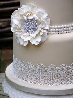 Sugar Lace Wedding cake with vintage pearls and fantasy flowers