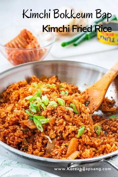 If you have some kimchi and rice, try this easy kimchi fried rice recipe! It's so versatile that you can add any protein you like or omit it entirely. It'll become one of your go-to easy meals. #kimchifriedrice #kimchi #friedrice #dinner #koreanrecipe #koreanbapsang @koreanbapsang | koreanbapsang.com Vietnamese Recipes, Asian Recipes, Ethnic Recipes, Kimchi Fried Rice, Perfect Food, Korean Food, Rice Recipes, Quick Meals, Stir Fry